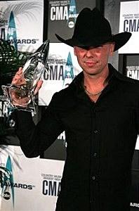 Kenny Chesney With a CMA Award