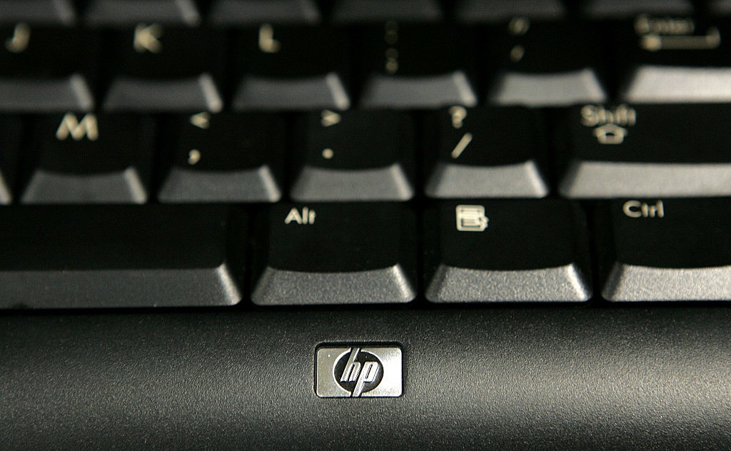 Hewlett-Packard Raises Earnings Estimates