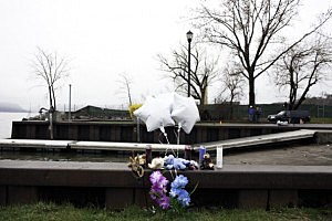 Mother Drives Van Into Hudson River Killing Three Of Her Children, Ten-Year-Old Escaped