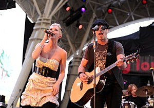 Shawna Thompson and Keifer Thompson of Thompson Square