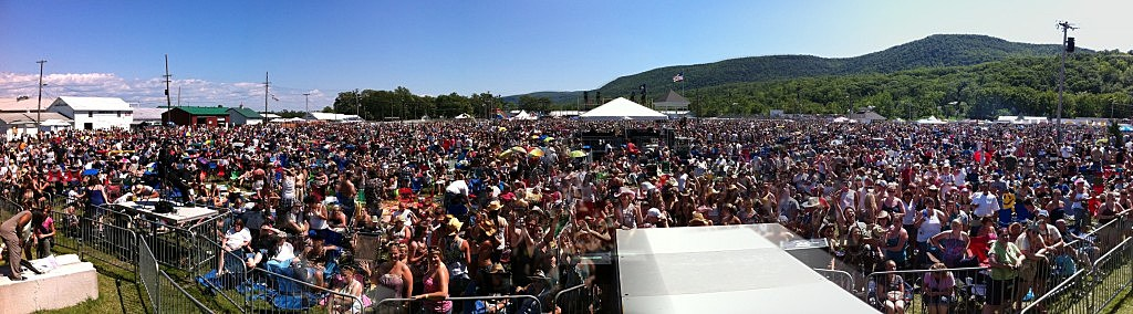 WGNA Countryfest 2011 Crowd Panoramic