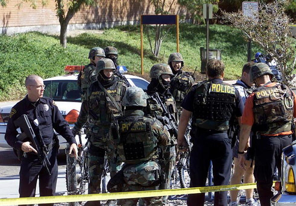 Breaking News Swat Teams Surrounding Albany Building Update