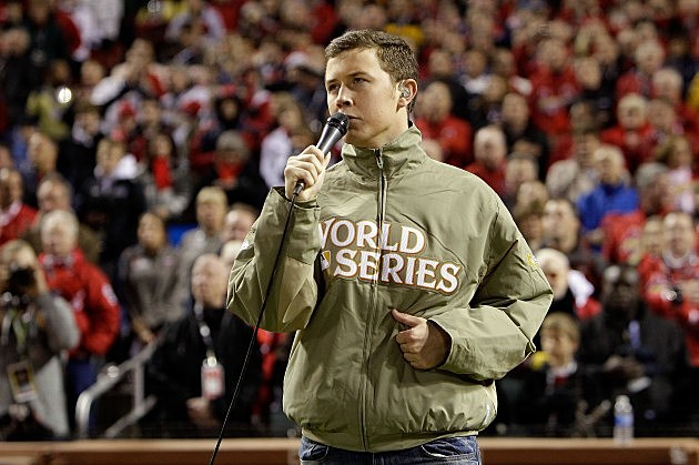 Scotty McCreery sings National Anthem