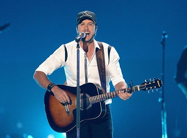 2012 CMT Music Awards - Luke Bryan