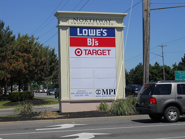 New Northway Shopping Center Sign