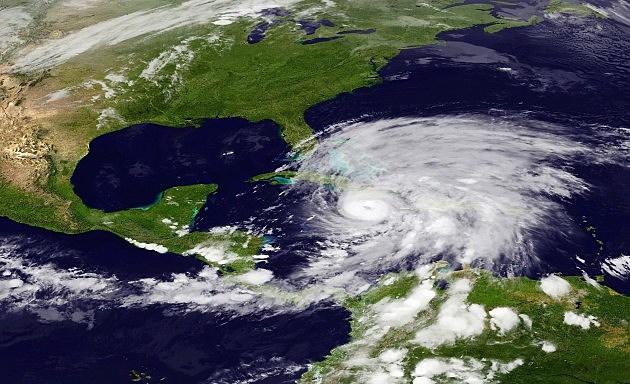 Hurricane Sandy Strengthens