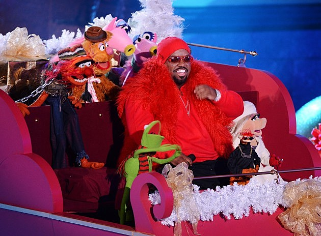 CeeLo Green and The Muppets Sing My Favorite New Christmas Song ...