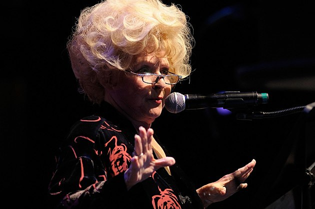 Brenda Lee Center Stage At The Opry Celebrating Minnie Pearl's 100th