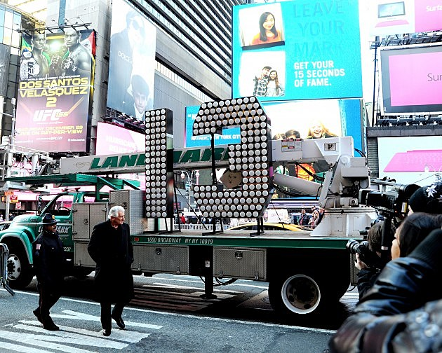 Numerals Arrive At Times Square For 2013 New Years Eve Countdown