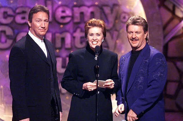 Alan Autry, Janie Fricke, and Joe Diffie on the 1999 Academy of Country Music Awards