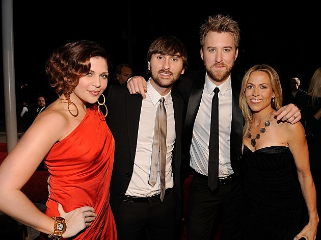 Lady Antebellum with Sheryl Crow in 2010