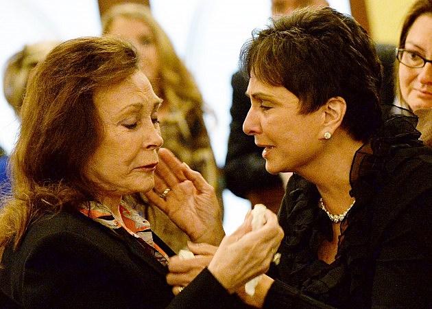 Loretta Lynn and Nancy Jones