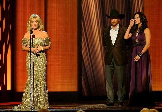 Barbara Mandrell, George Strait, Martina McBride- The 43rd Annual CMA Awards - Show