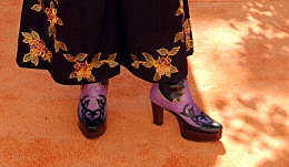 Wynonna feet