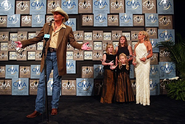 Alan Jackson and family