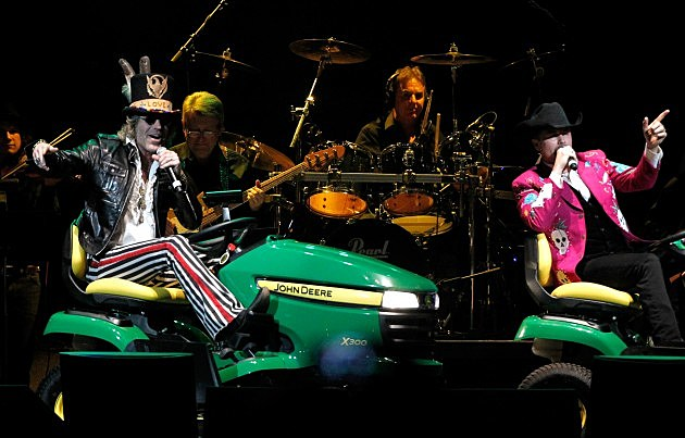 Big and Rich: Playin' Possum! The Final No Show Tribute To George Jones - Show