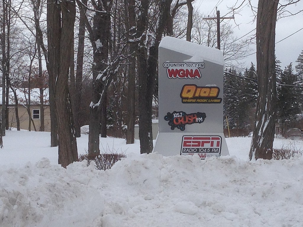 WGNA sign snow