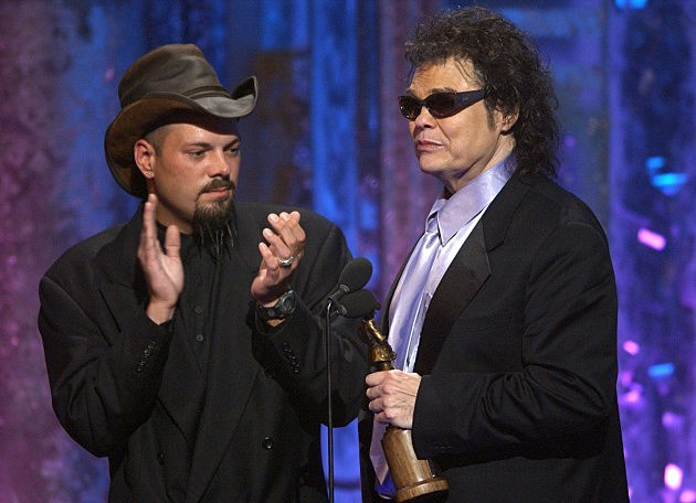 Ronnie Milsap with son Todd at ACM Awards