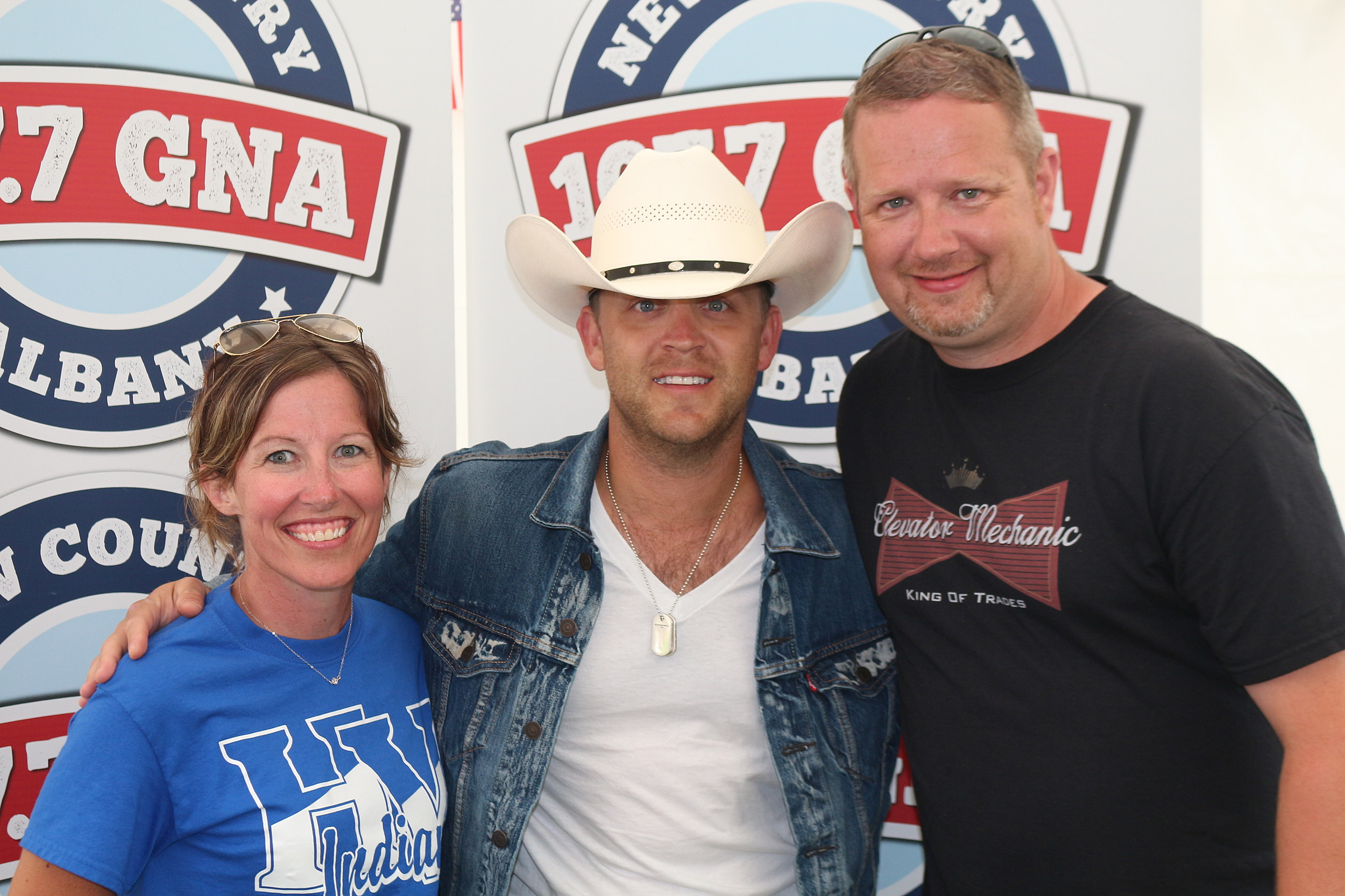 Justin moore meets with the fans backstage at countryfest 2017 kristyandbryce Image collections